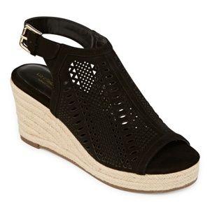 New Liz Claiborne Hardie Black Wedge Sandals 7.5